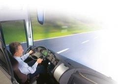 Der Busfahrer bei der Arbeit